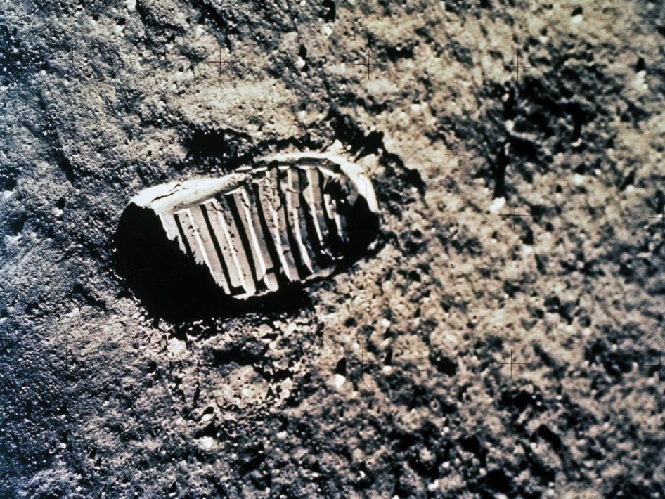 ApolloFootprintPublicDomain